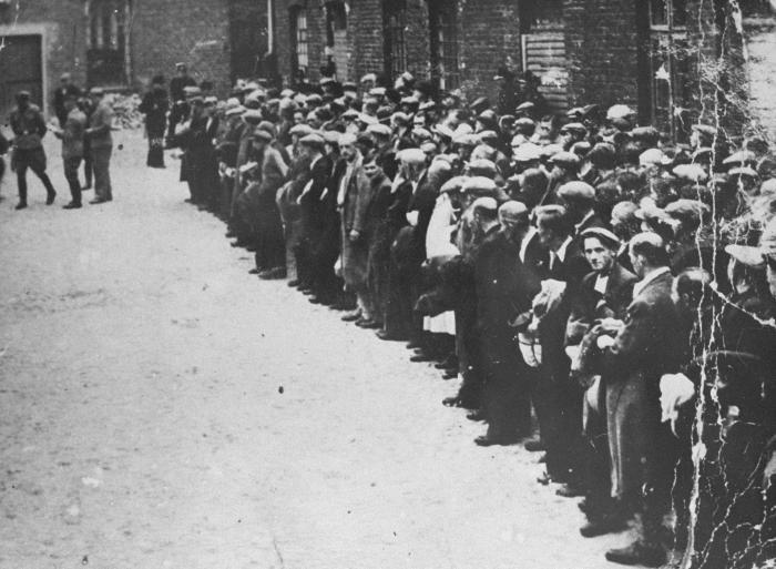 อดีตการ์ดกองทัพนาซี -เตรียมขึ้นศาลในเยอรมัน